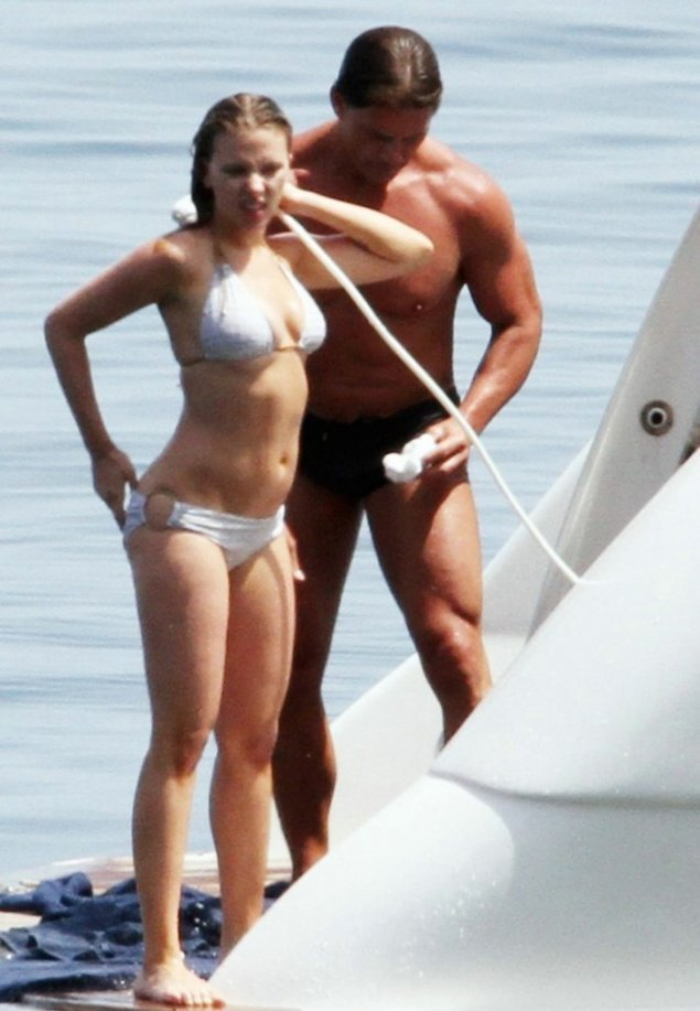 actress Scarlett Johansson showers on board luxury yacht cinzia with bodyguard in italy