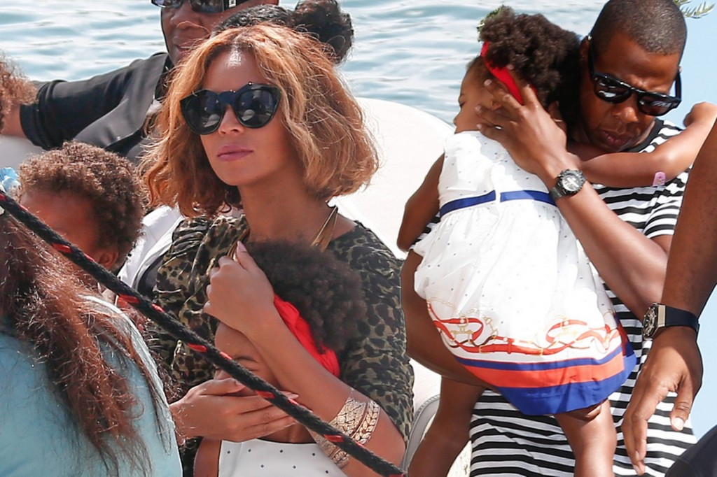 beyonce, jay Z and blue ivy on the way to superyacht ALFA NERO in south of france