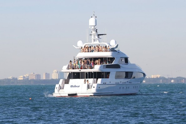 Northrop And Johnson >> Entourage Cast Film Scenes for New Movie on Superyacht ...