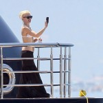 Gwen Stefani snapped photo view from her yacht Cannes