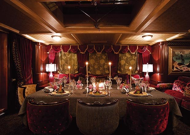 Johnny depp's Luxury yacht AMPHITRITE's (ex Vajoliroja) formal dining area