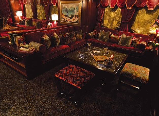 Johnny depp's Luxury yacht AMPHITRITE's (ex Vajoliroja) main salon seating area
