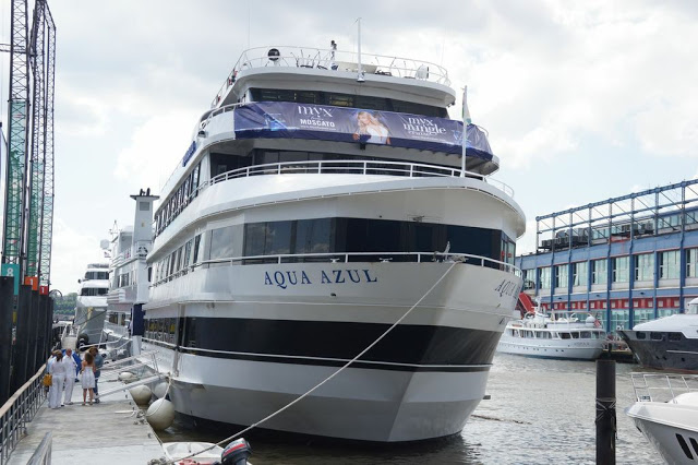 "luxury yacht aqua azul where Nicki Minaj Hosted ""4th of July"" white party in new york"