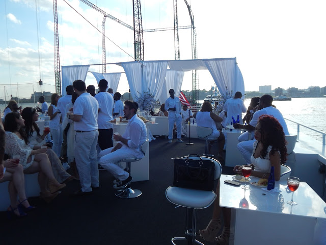"Nicki Minaj's""4th of July"" white party on a luxury yacht in new york along the hudson river"
