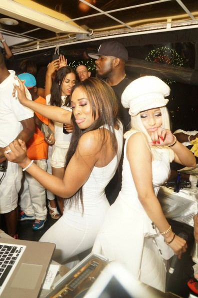 "Nicki Minaj dances with friend at her ""4th of July"" white party on luxury yacht in new york"