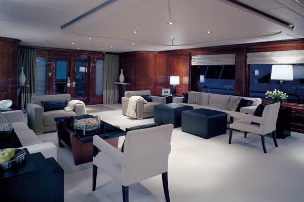 inside scoop  tiger wood u0026 39 s secretive getaway superyacht