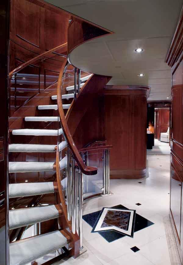 inside scoop  tiger wood u0026 39 s secretive getaway superyacht