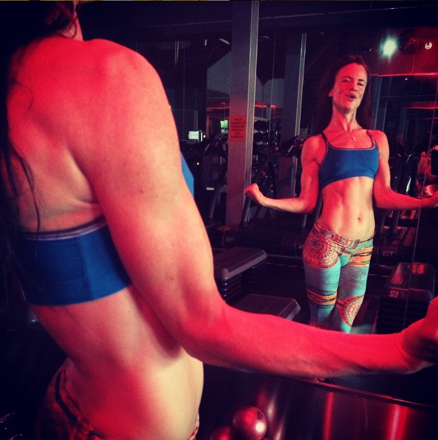 juliette lewis works out in superyacht rising sun's gym
