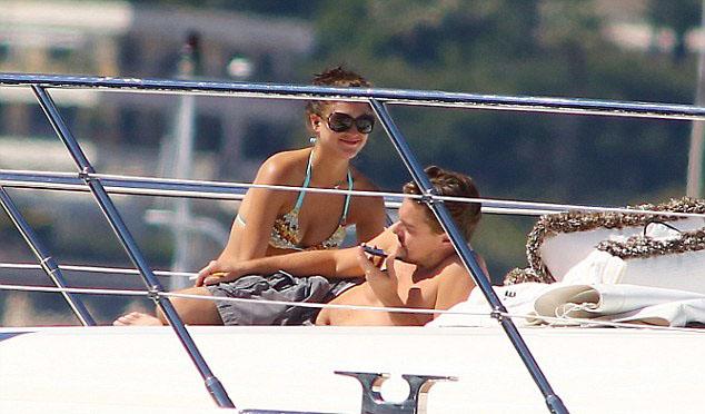 Leo and ladies on boar... Leonardo Dicaprio S Yacht