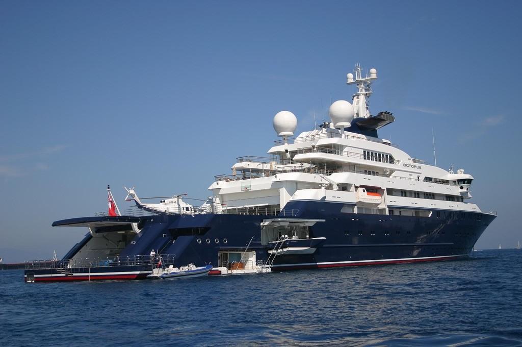Paul Allen's yacht, Octopus