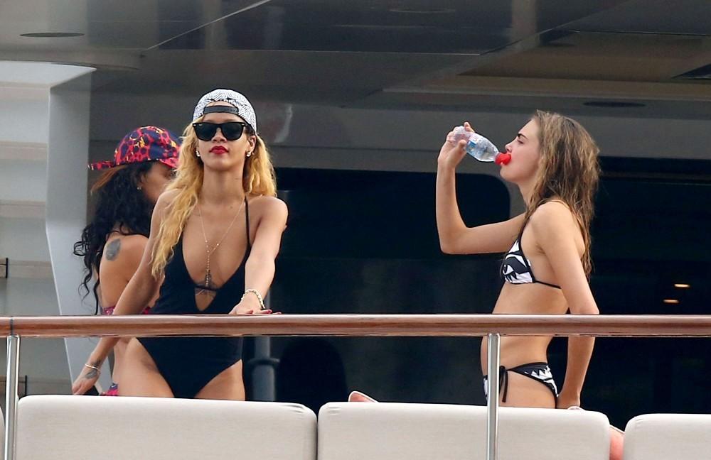 Rihanna Cara yacht Andreas L 2 2013