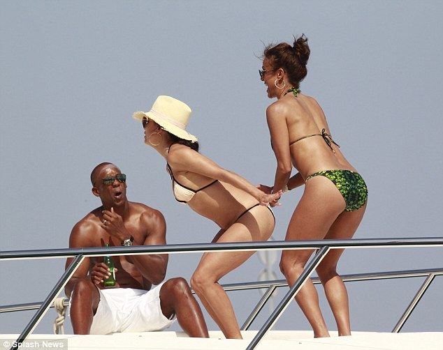 eva longaria poses on luxury yacht with friend in marbella