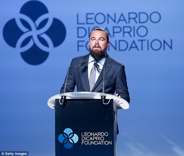 leo dicaprio speaks during leonardo dicaprio foundation gala