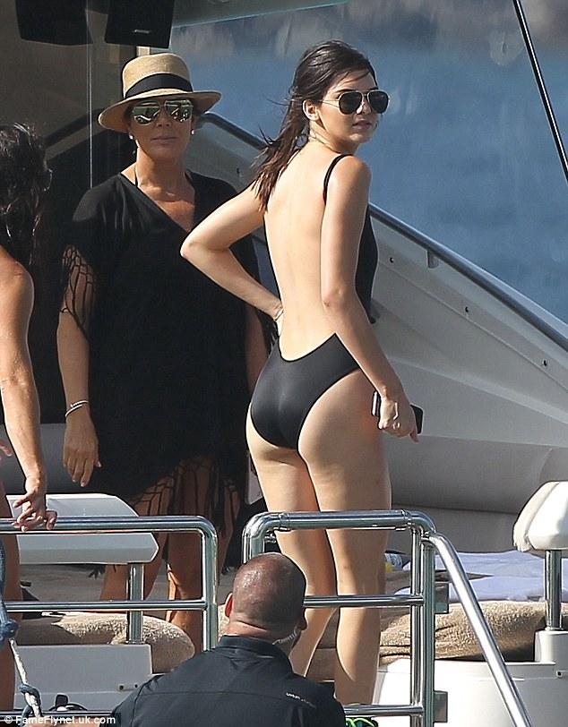 Kendall Jenner St Barts 1