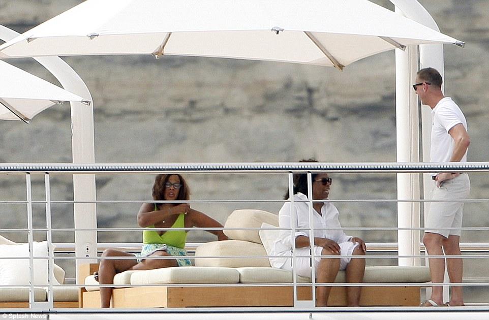 Oprah on Rising Sun August 2015 4