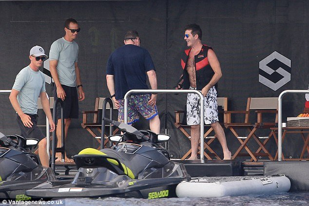 Simon Cowell Skipstream Aug 2015 5